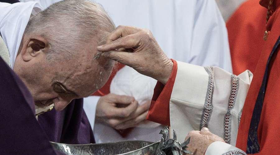 PapaFrancisco_miercolesceniza_cuaresma_26feb2020_VaticanMedia