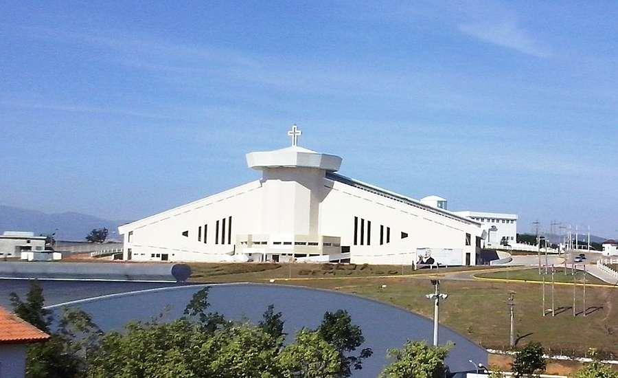 Santuario_Pai_das_Misericordias_CN_Wikimedia